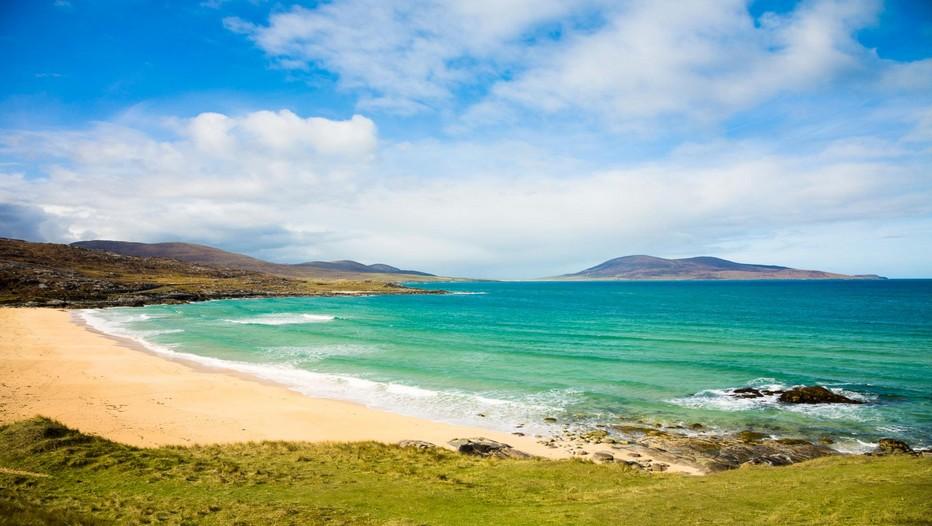 Les couleurs uniques qu'on trouve sur les magnifiques plages de Harris (Hébrides Extérieures) © visitscotland.com