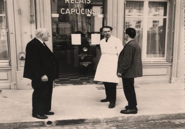 Hubert Cleuvenot (au centre) fut au piano du Relais des Capucins à Plombières-les-Bains (88) toujours comme chef étoilé. ©Michel et Christine Marion