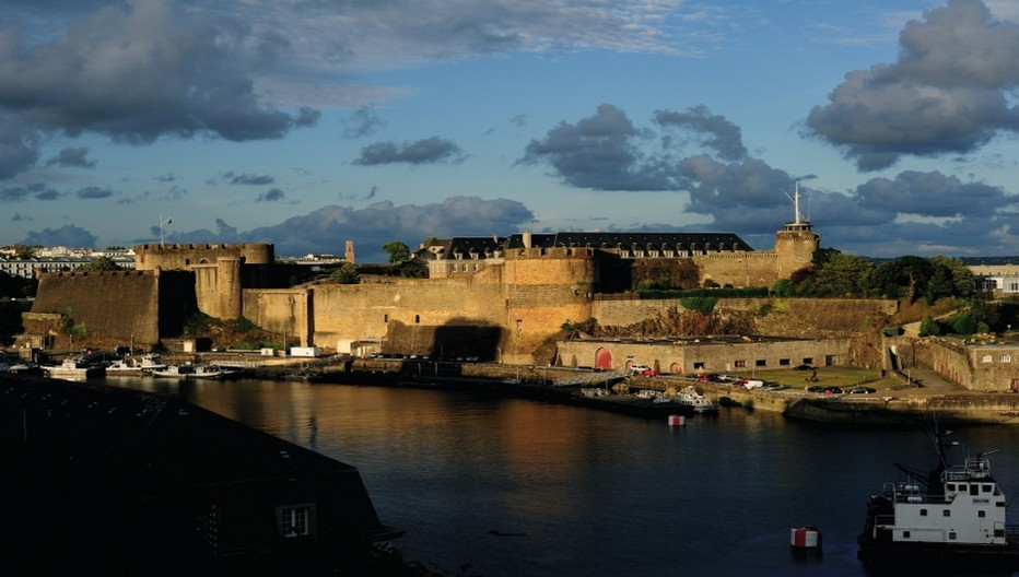 Brest-Chateau sur leport ©-YLG.