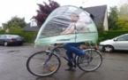 Roofbi, un système pour se protéger de la pluie à vélo !