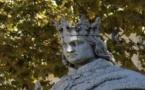 Le VISIBLE est INVISIBLE….. Aix en provence :  Statue or not statue du  « bon roi René » !