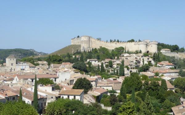 Villeneuve les Avignon, dressée sur l'autre rive…