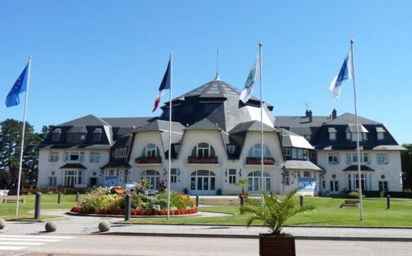 Le salon des insolites divins ouvre ses portes à Thaon-les-Vosges dans le département éponyme les 4, 5 et 6 mars 2016